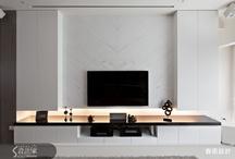pluit - tv wall