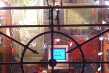 Nuestras ventanitas / Fotos de las vidrieras de la casa-tienda