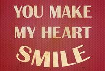SMILES /SONRISAS / Tan fácil como una sonrisa para iluminar un día gris. Sonrisas tímidas, sonrisas sinceras, sonrisas y más sonrisas. Quiero verlas en todas las caras, por que la felicidad comienza curvando los labios hacia arriba :-)