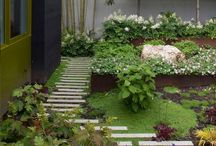 Green Gardens / Creating the perfect garden isn't easy. It takes color, creativity and structure. Calstone manufactures stones that may help create your next Green Garden.