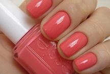 nails / by Lindsay Grant