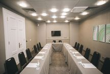 Meeting Rooms / In our Zenit Budapest Palace hotel we offer you our meeting rooms and halls for holding corporate events and family celebrations. The Hotel Zenit Budapest Palace, located in the center of Budapest,