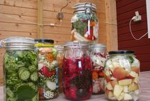 Fermented food / I'm now experimenting with making my own fermented vegetables