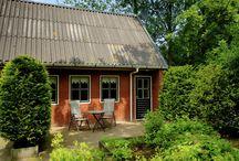 Vakantiehuizen Friesland / Op dit bord tref je een aanbod van vakantiehuizen in de provincie Friesland te Nederland aan. Deze zijn veelal online via onze website Recreatiewoning.nl te boeken. Het huuraanbod op onze site is afkomstig van zowel particulier als zakelijke verhuurders.