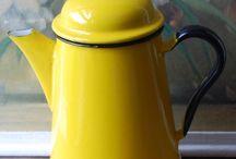 teás-,tejes és kávéskannák  / teapots , milk cans , coffee pots