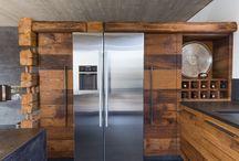 Lebenswelten - Contemporary Living / Ansprüche an modernen Wohnraum und die Gestaltungsmöglichkeiten sind fast endlos.