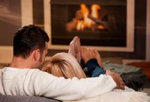 Winter Date Ideas / Winter is upon us and it's rather chilly outside! Warm up your date with some of these #winterdateideas