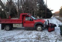 2005 Ford F550 - $23,000 / Make:  Ford Model:  F550 Year:  2005   Exterior Color: Red Interior Color: Gray Vehicle Condition: Good    Phone:  330-618-8654   For MOre Info Visit: http://UnitedCarExchange.com/a1/2005-Ford-F550-588296566401