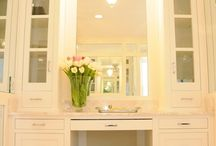 Dressing tables and dressing rooms / Dressing tables