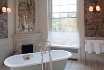 Bath Tubs / by Laurie Hall