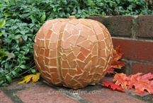 Talkin' Turkey! / Thanksgiving puzzles, crafts and decor to make your holiday puzzling. / by Penny Dell Puzzles