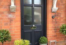 drzwi wejsciowe wejscie do domu