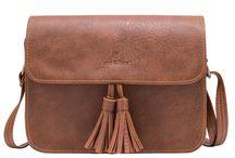 Túi đeo chéo Turu của thương hiệu Lee&Tee