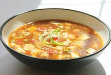 Hot and Sour Soup / come let's have a tempting Hot and Sour Soup that will bring back the energy and fun in you :)