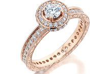 Engagement Rings / Would you say yes to this ???