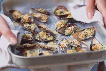 mussels with garlic n breadcrumbs