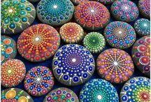 stones paint