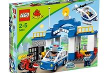 I LEGO: dai duplo fattoria alla collezione Death Star di Stars Wars / Il Sogno del bambino offre un grande assortimento di LEGO sia per piccoli con il LEGO duplo con la fattoria e lo zoo, fino ai LEGO Stars Wars con la collezione Death Star