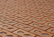 Pavimenti Drenanti  / Realizzazioni di Pavimenti autobloccanti e drenanti in argilla naturale al 100% per una scelta biosostenibile a tuttotondo