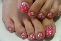 Toes n tootsie designs / Cute nail designs I love x  / by Maureen H