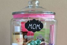 Mother's Day Crafts / by Lindsay Stephenson