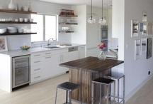 kitchen ideas / by Tessa Gravenish