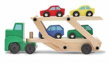 hrački ze dřeva