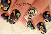 Goofy / by Laura Berrelez