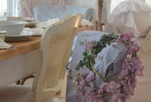 SHABBY & CHIC / by Suzanne Toby