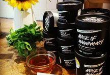 Natural Beauty / Natural and nontoxic beauty products that will help you look and feel your very best.