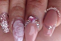 manicures nude