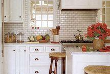 kitchens / by Jennifer Horton