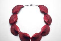 Yong Joo Kim: Sculptural Jewelery