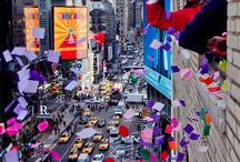 Times Square on New Year's Eve / New Year's Eve Confetti Celebrations