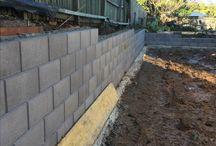 Austral block retaining wall / Construction of Austral Hayman block retaining wall