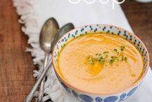 Soups / by Andrea Gagnon
