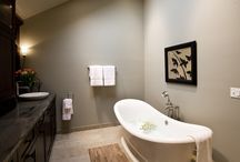 Bathrooms / Modern bathrooms featuring bamboo products