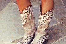 Boots! Boots and more boots! ♥♥ / by Teresa Carter