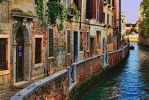 Venezia / Venice, the most touristy place in the world, is still just completely magic to me.  ~Frances Mayes