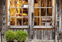 Skjønnheten i norsk detaljhandel / MiMCoups er stolt over å være norsk - bare se på utrolig estetikk i vårt land's bedrifter.  There is only one thing more beautiful than Norway - retail! Shopping in this country is both aesthetically pleasing as well as satisfying to our closets!