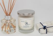 Wild Honeysuckle / Just like a beautiful midsummers day, the sweet scent of honeysuckle weaved with notes of Jasmine, Rose and Lilac all gracefully shine through to create that English country garden feel no matter what the season!