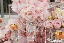 Arranjos florais e mesas especiais