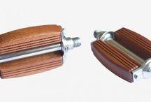 Pedales Restaurados / Pedales restaurados by Walter Matrakas Bikes con madera de Iroko