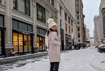 Best Dressed Bloggers Snow bunny ❄️ •• Ciudad blanca https://scontent.cdninstagram.com/t51.2885-15/e35/26065823_141058093260357_4062580406753427456_n.jpg