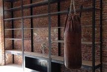 Staal / Mooie ruimtes waar staal is verwerkt: in de ruimte zelf of juist in de meubels..