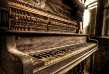 Pianos / by Allyson Kettler