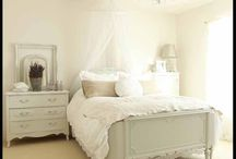 Dreamy bedroom / by Judith Andi Ganjoe