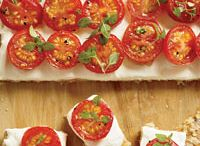 Appetizers / by Sue Pezzella