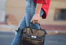 TAYLORED HEART Black vintage briefcase bag is a must have to sophisticate any outfit! #streetstyle #streetwear #vintage #ootdfashion #styleblogger #fashionblogger #lifestyleblogger
