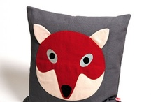 Trending - Foxes / by Heather Lisi